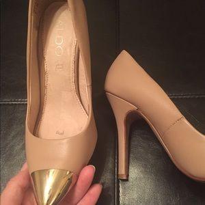 Aldo cap toe heels